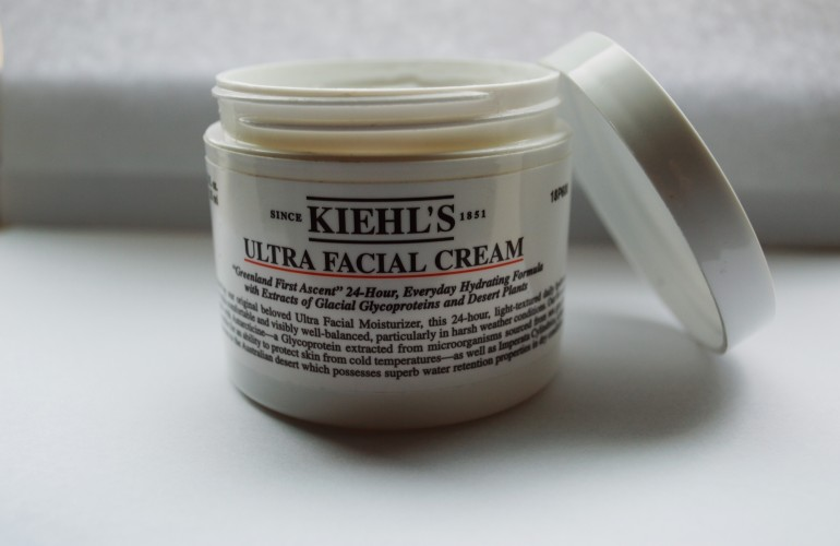 6 Reasons Why You Need This Moisturizer This Winter That Is Perfect For All Skin Types